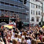 המונים הציפו את ברלין (צילום: Markus Winkler_flickr_cc)